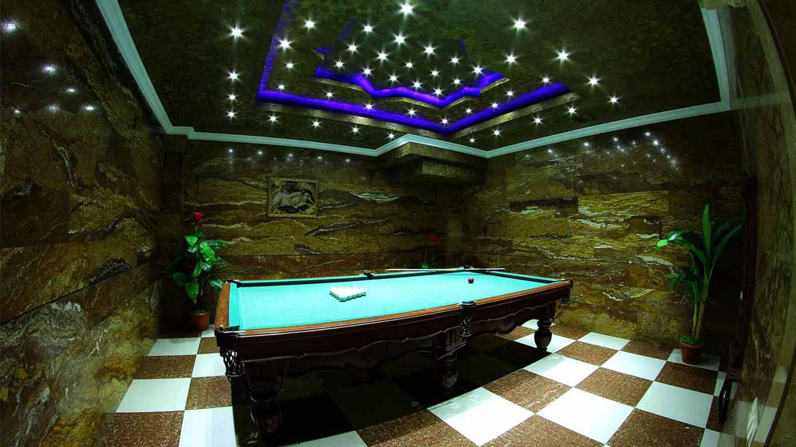 billiards of sochi palace hotel in yerevan